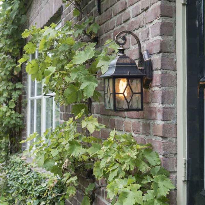 Romantica-lampada-da-parete-per-esterno-in-bronzo---Londra