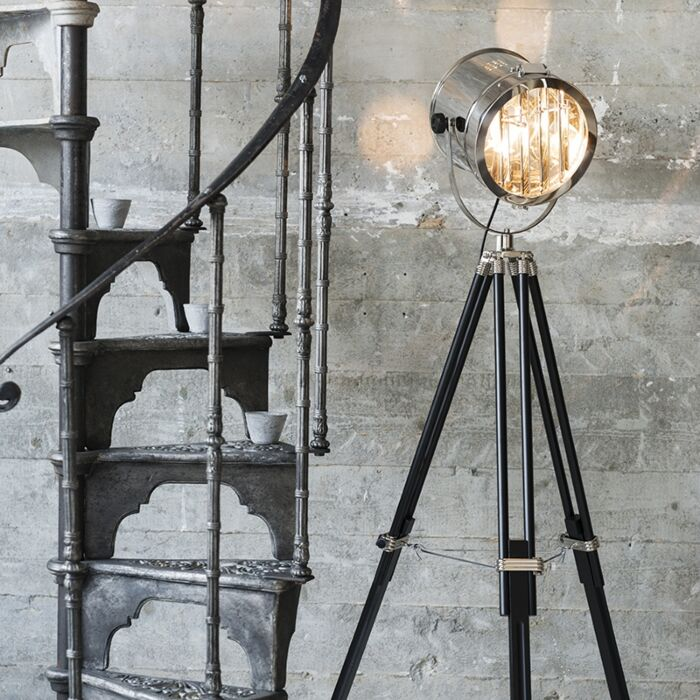 Lampada-da-terra-con-tripode-'Tripod-Surveyor-1'-industriale-cromo---adatta-per-LED-/-interna